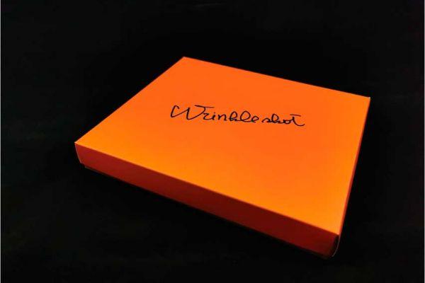 paper-box-winkle-shot-2E0E9E5C9-856F-494C-0A9A-565B37090BAA.jpg